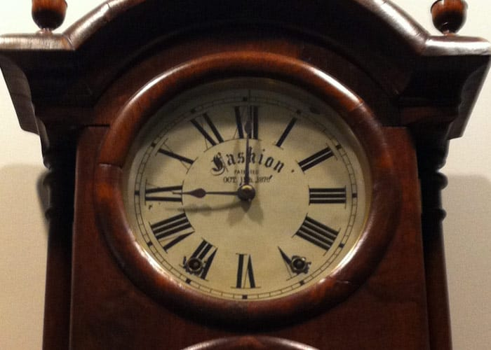 Photo of the face of a mantel clock